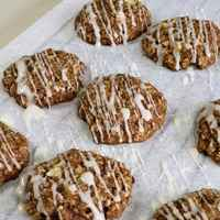 Apple_cinnamon_oatmeal_cookies
